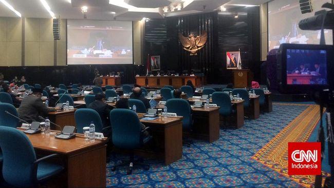 Makzulkan Ahok, Gerindra: Capek Urusi Gubernur Tak Beretika