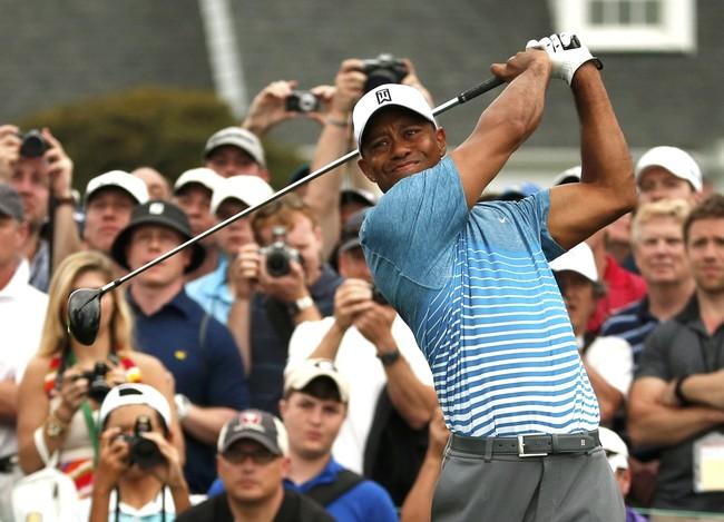 Hingga saat ini, Woods masih tercatat sebagai pemenang Masters termuda dalam sejarah, ketika ia memenangkannya dalam usia 21 tahun pada 1997 lalu. (Reuters/Phil Noble)