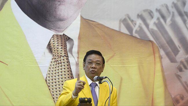 Agung Laksono Protes Langkah Ical Merotasi Anggota DPR Golkar