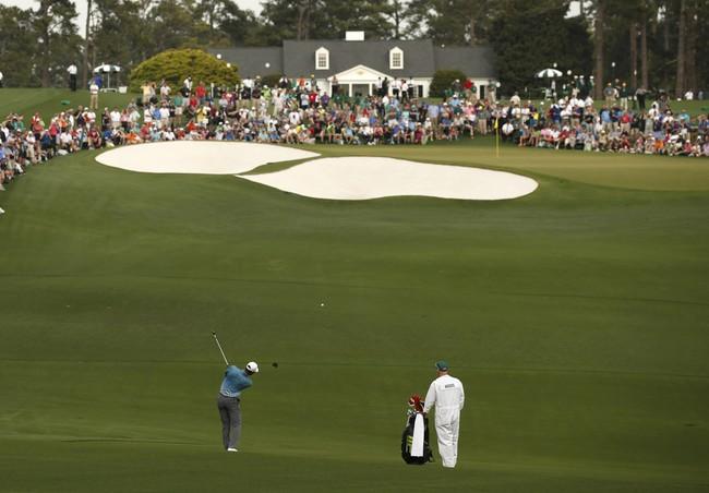 Woods mengenal dengan baik lubang-lubang di lapangan Augusta National. Sepanjang kariernya, Woods telah memenangkan US Masters sebanyak empat kali. (Reuters/Phil Noble)