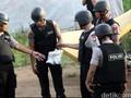 Polisi Temukan sebuah Buku di Lokasi Ledakan Tanah Abang