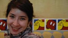 Novita Angie 'Mejeng' di Tengah Aparat Pengaman Aksi 22 Mei