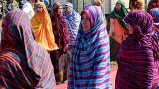 Mengenal Ragam Sarung Indonesia