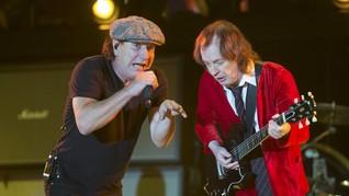 Vokalis Alami Gangguan Telinga, AC/DC Batal Tur