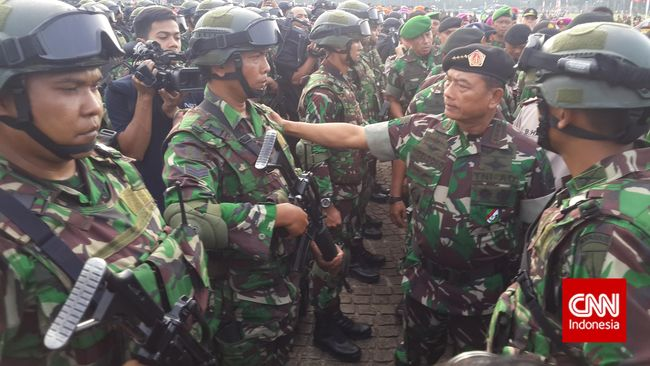 TNI Resmi Jagokan Hendardji Soepandji untuk Capim KPK