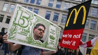 Demonstrasi Ratusan Buruh Restoran Cepat Saji di New York