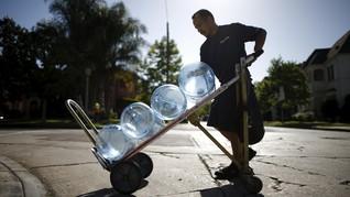 Pakar: Mikroplastik di Air Kemasan Tak Bahayakan Kesehatan