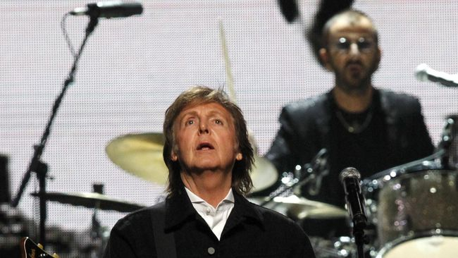 Paul McCartney Tulis Lagu soal Donald Trump di Album Baru