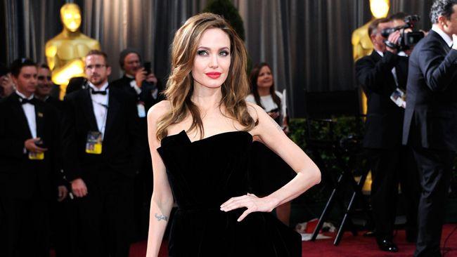 Angelina Jolie akan Kembali Menjadi Monster
