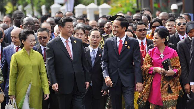Relasi Indonesia-China di Era Jokowi: Mau tapi Malu