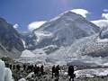 Menjinakkan Bom Waktu Everest