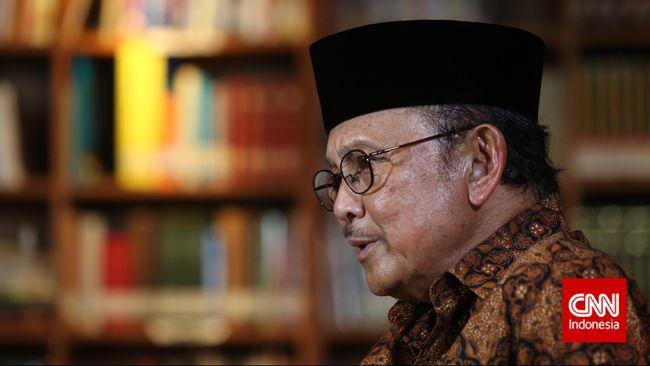 B.J. Habibie Bocorkan Prekuel Film 'Habibie & Ainun'