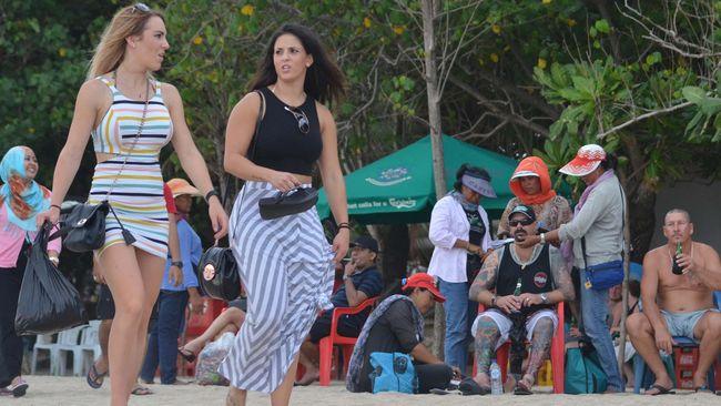 Genjot Kunjungan Turis, Indonesia Beri Bebas Visa 30 Negara