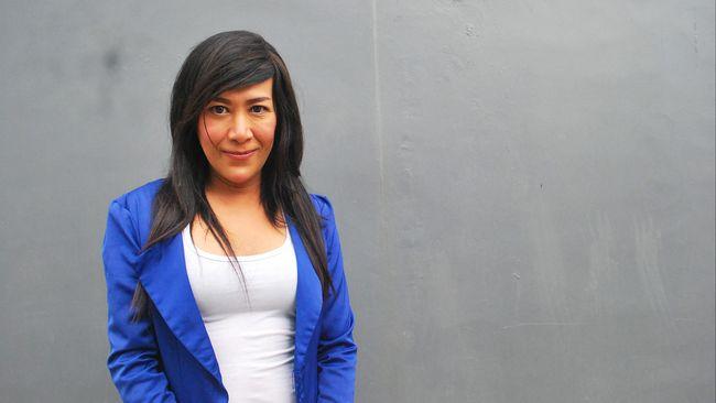 Cerita Hidup Felicia, Seorang Buruh Pabrik Waria