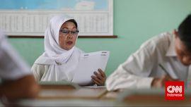 Siswa Tetap Terima Ijazah Meski UN Ditiadakan