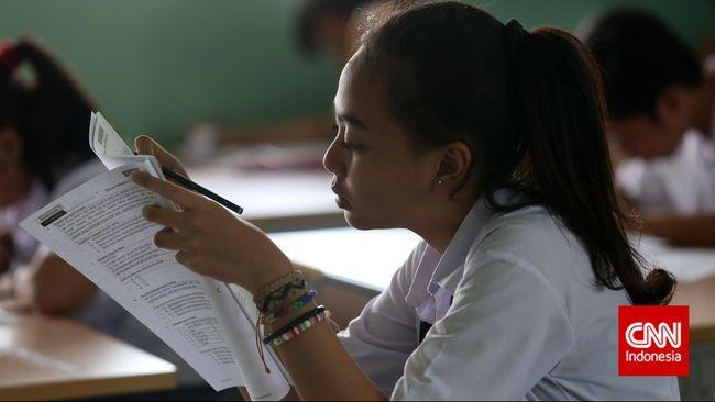 UN SMP Hari Pertama Berjalan Lancar