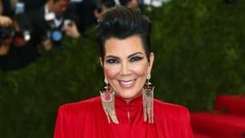 Kris Jenner Beli Properti Rp136 M di Seberang Rumah Kim K