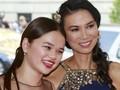Anak Rupert Murdoch Temani Ibu ke Met Gala 2015
