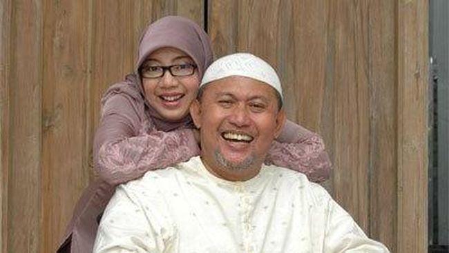 Istri Pepeng Sempat Bacakan Al-Quran dan Bilang 'I Love You'