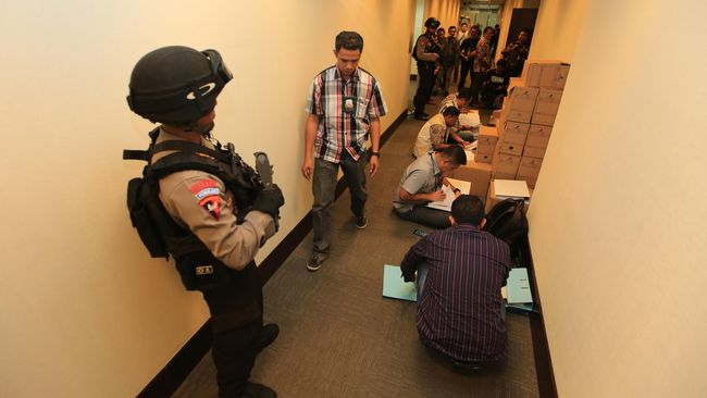 Tersangka Korupsi Kondensat SKK Migas Ada di Singapura
