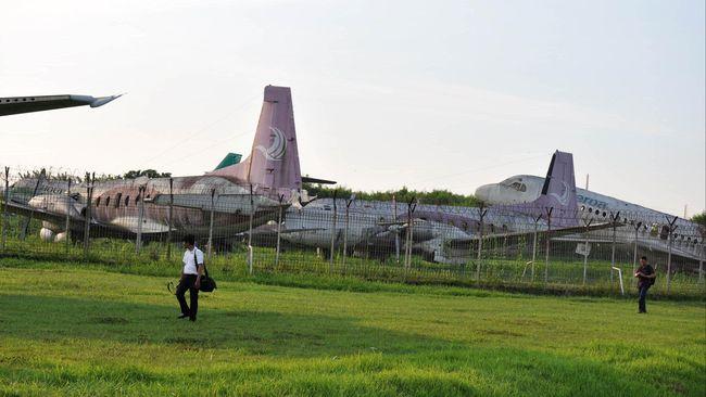 Angkasa Pura II Siap Singkirkan Lima Bangkai Pesawat