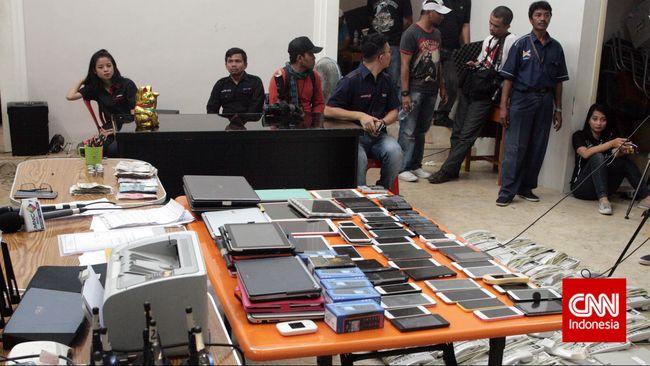 Polisi Tahan Dua Wna Pelaku Penipuan Online Narkotik