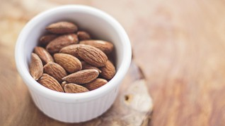 7 Manfaat Kacang Almond