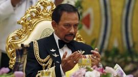 Sultan Brunei Tunda Penerapan Hukuman Mati untuk LGBT