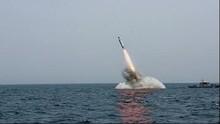 Angkatan Laut Rusia Uji Rudal Bulava dari Kapal Selam Nuklir