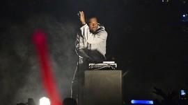 Gelar Ibadah Minggu di Rumah, Kanye West Ditegur Polisi