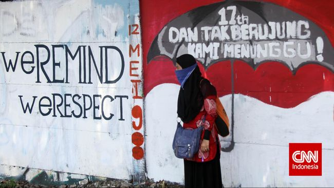 Kolaborasi 'Hitam Putih' Artis Mural Mancanegara