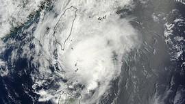 Angin Puting Beliung Sapu China, 6 Tewas dan 190 Luka
