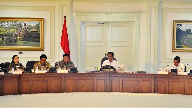 Jokowi Ucapkan Terima Kasih ke JK dan Menteri Kabinet Kerja