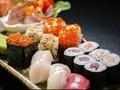 Cara Paling Paling Sehat Makan Sushi