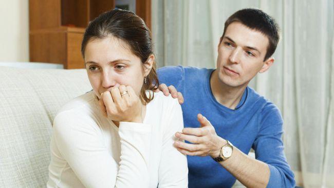 Pasangan Tergantung Secara Finansial, Berisiko Berselingkuh