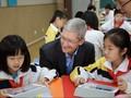 CEO Apple Blusukan ke SD di Tiongkok