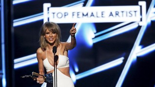 Taylor Swift 'Turun Gunung' di Billboard Music Awards 2018