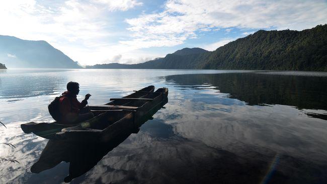 Mengarungi Tradisi Maluku dengan Manggurebe Arumbae