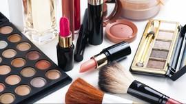 Pengusaha Kosmetik Tolak Kebijakan Cukai Kemasan Plastik