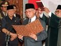 Terbang dari Jerman untuk Menemui Soeharto, Habibie Ditolak