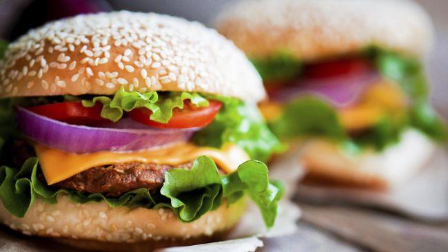 Burger Pelangi 'Warnai' Dunia Kuliner