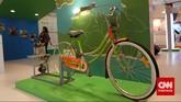 Display dan tampilan stan peserta pameran dibuat semenarik mungkin untuk menggaet pengunjung pada pameran Indonesian Petroleum Association di Balai Sidang Jakarta, Rabu, 20 Mei 2015.