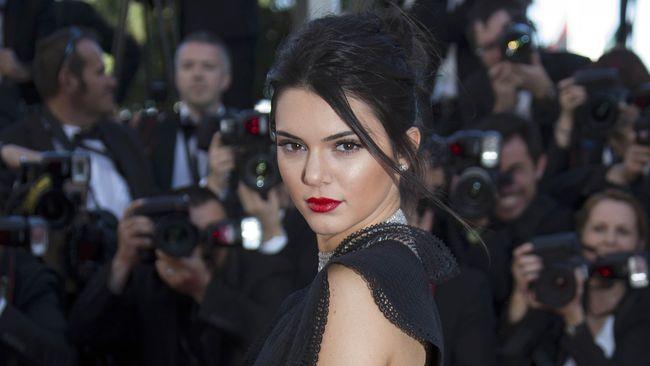 Kala Instagram 11 Selebritis Menggeser Peran 'Karpet Merah'