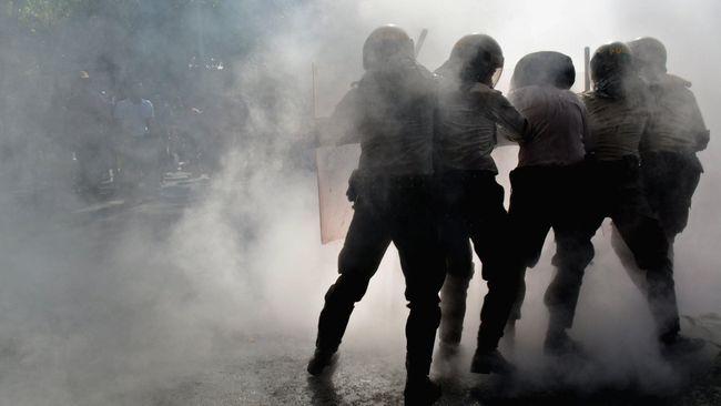 Bentrok Sengketa Lahan di Toba Samosir, Warga Dipukul Polisi