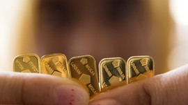 BPS: Kenaikan Harga Emas Sumbang Inflasi Maret 0,1 Persen
