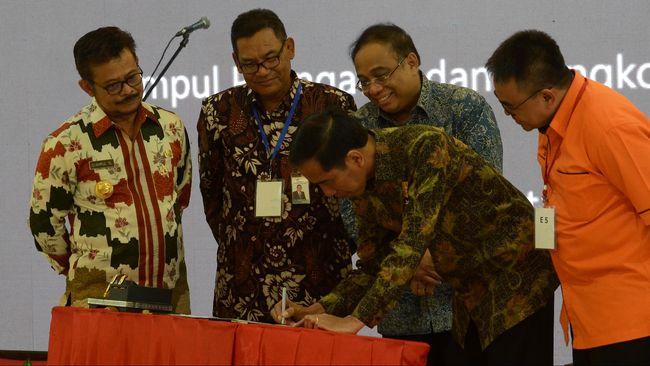 Terbitkan Obligasi Rp3 T, Pelindo IV Bangun Makassar New Port
