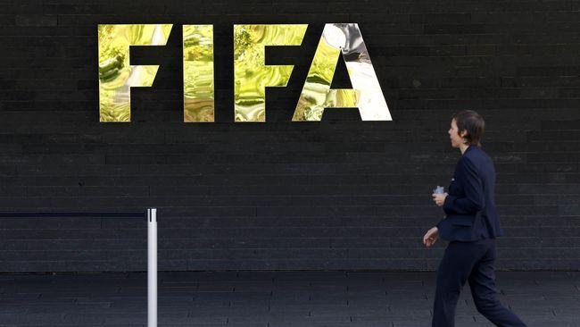 FIFA Resmi Beri Sanksi untuk Indonesia