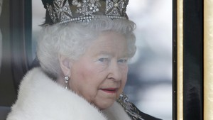Menguak Tempat Rahasia Kerajaan Inggris Menyimpan Perhiasan