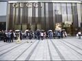Aksi Protes Seorang Model di Tengah Fashion Show Gucci