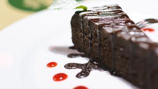 Makan Kue Cokelat Saat Sarapan Bisa Bikin Langsing